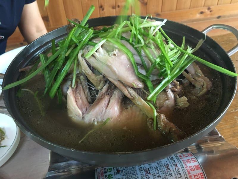 """ traditionnel coréen d'""""Sam-Gye-Tang†de potage au poulet photos libres de droits"""