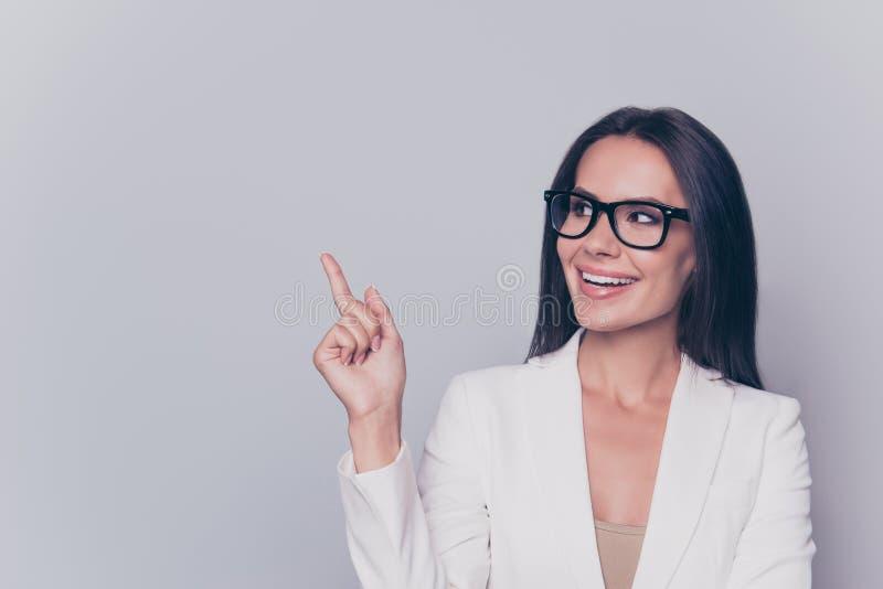 ¡ Bienvenido! ¡Mire! El aturdir inteligente femenino magnífico acertado fotos de archivo