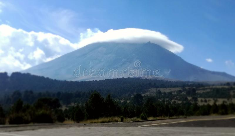 ¡ N Popocatépetl de Volcà photos libres de droits