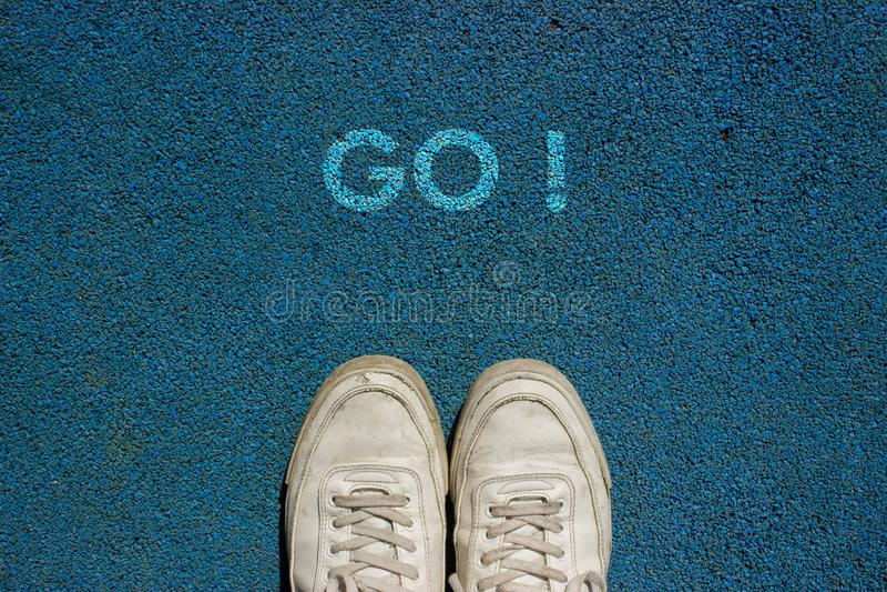 ¡El nuevo concepto de la vida, lema de motivación con palabra VA! por motivo de manera del paseo imagen de archivo libre de regalías