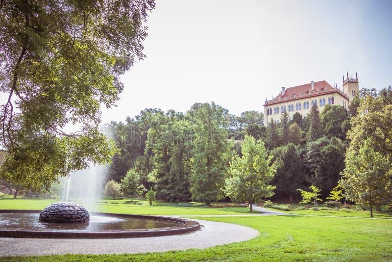 ¡Real Obora Stromovka del lovskà del ¡de Stromovka Krà del parque en Praga, República Checa imagen de archivo