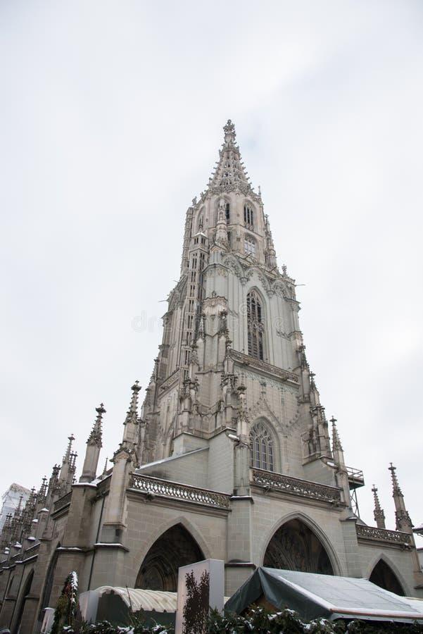 ¼ Berner MÃ nster Bern Minster Church in der Stadt von Bern, die Schweiz stockbilder