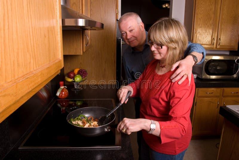 ¿Está la cena casi lista? imagenes de archivo