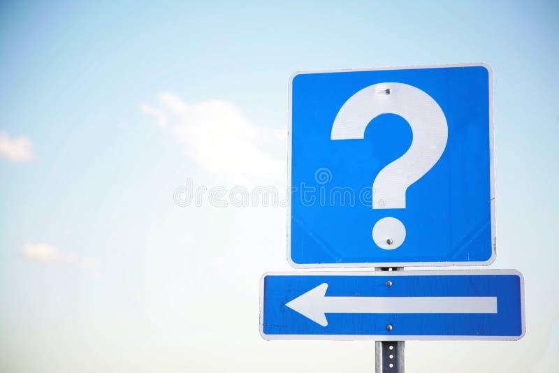 ¿Preguntas? ¿Respuestas? imagen de archivo libre de regalías