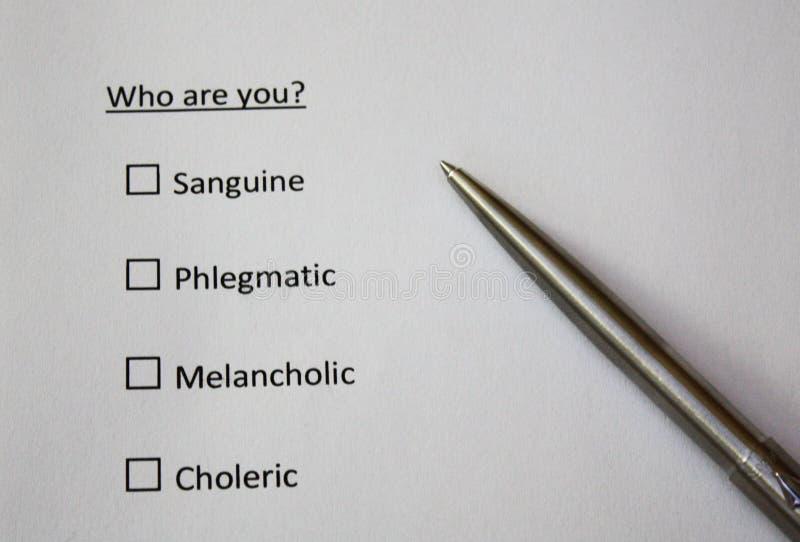 ¿Quién son usted? Pregunta Tipos sanguíneos, flemáticos, melancólicos, coléricos de personalidad imágenes de archivo libres de regalías