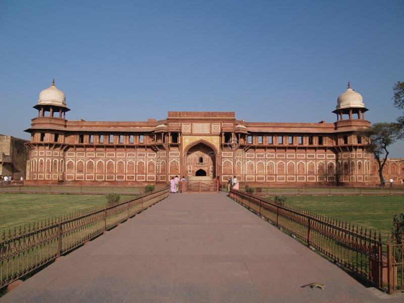 À l'intérieur de du fort rouge à Agra images stock