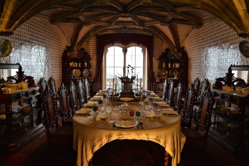 À l'intérieur de du palais de Pena dans Sintra, secteur de Lisbonne, Portugal Intérieur de pièce image stock