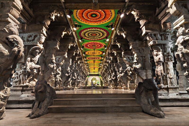 À l'intérieur de du temple de Meenakshi image libre de droits