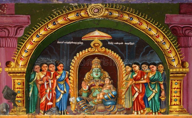 À l'intérieur de du temple indou de Meenakshi à Madurai image stock