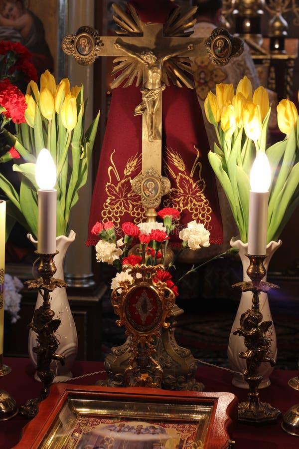À l'intérieur de l'église photos stock