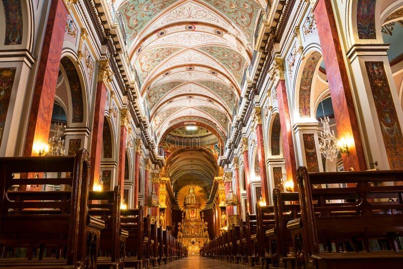 À l'intérieur de la cathédrale dans Salta Argentine image libre de droits