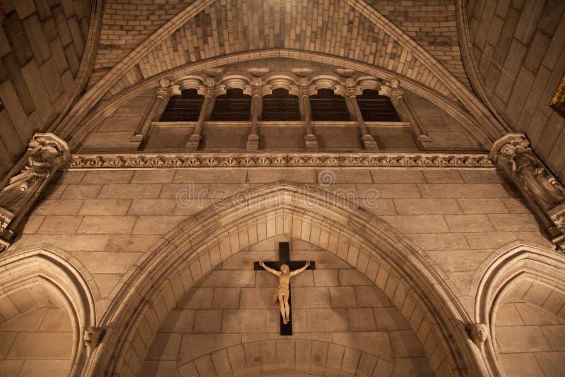 À l'intérieur de la cathédrale de Notre Dame photographie stock