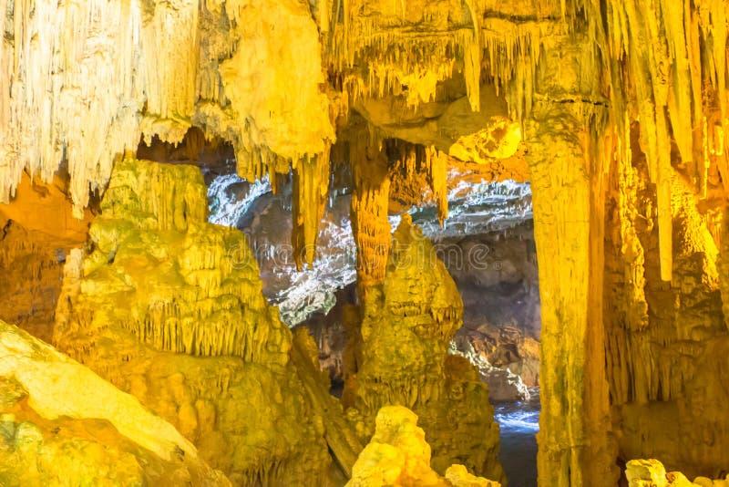 À l'intérieur de la caverne de Neptune Grotte di Nettuno près d'Alghero, province de Sassari, Sardaigne, Italie images libres de droits