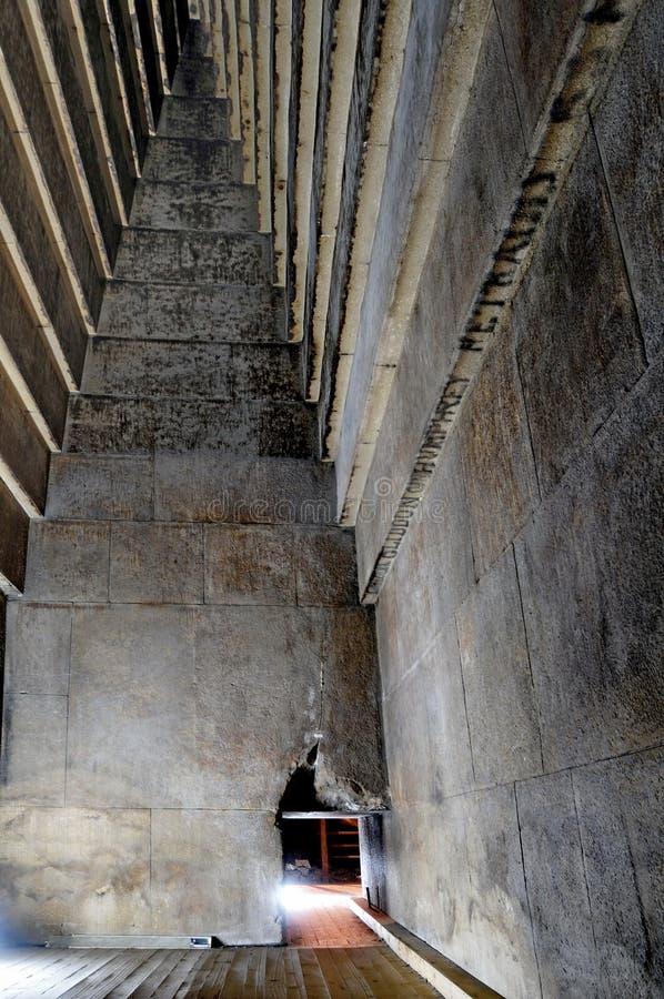 À L\'intérieur De La Pyramide Rouge Photo stock - Image du egypte ...