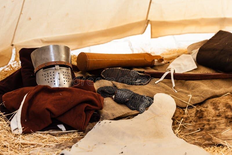 À l'intérieur de la tente d'un croisé photo libre de droits