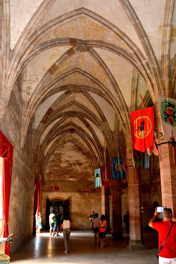 À l'intérieur du château du Corvin dans Hunedoara, la résidence du roi roumain de la Transylvanie, Iancu de Hunedoara photo libre de droits