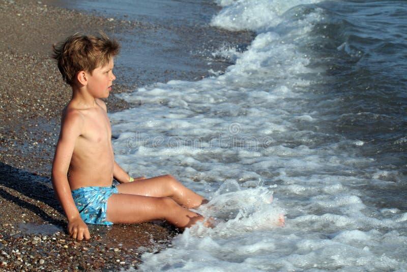 À la plage image libre de droits