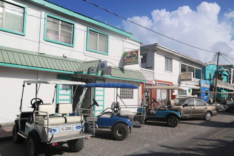 À la rue de San Pedro, Belize photo stock