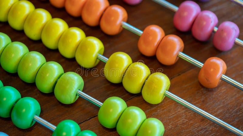 Ábaco de contagem colorido imagem de stock
