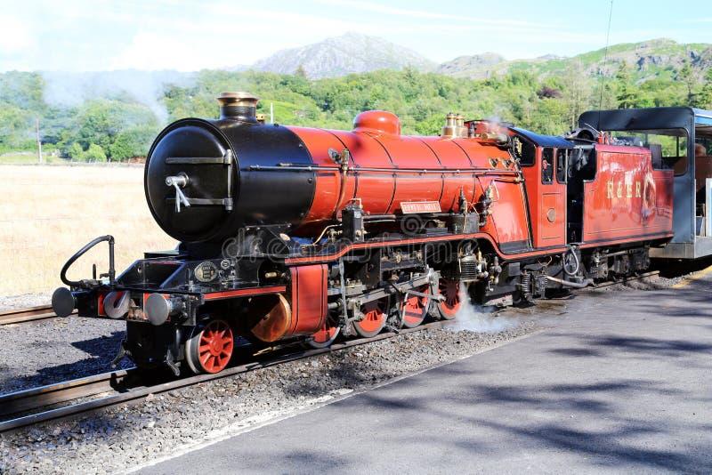 Ácaro do rio da locomotiva Railway de Ravenglass e de Eskdale foto de stock