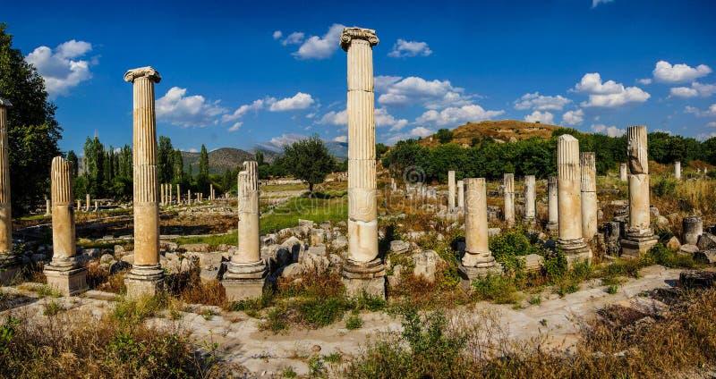 Ágora antiguo con las columnas de Dorian fotos de archivo libres de regalías