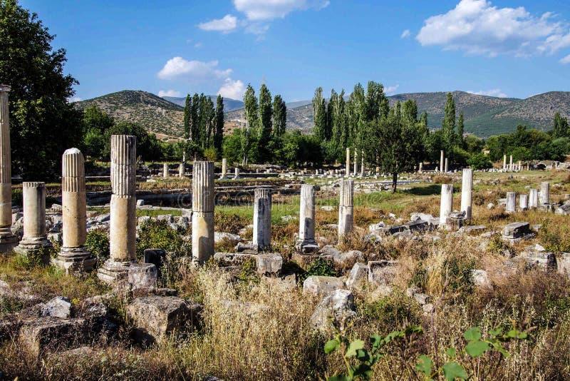 Ágora antiguo con las columnas de Dorian fotografía de archivo libre de regalías