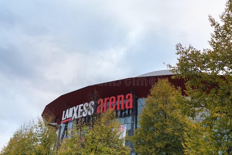 Água de Colônia, Reno-Westphalia norte/Alemanha - 24 10 18: estádio da arena dos lanxess na água de Colônia Alemanha imagem de stock royalty free