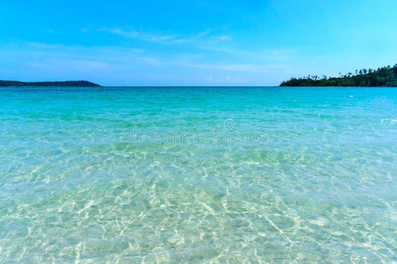 Água do mar de Koh Kood, mar de Tailândia fotografia de stock
