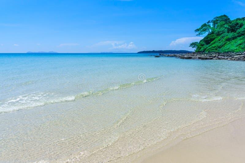 Água do mar de Koh Kood, mar de Tailândia foto de stock royalty free