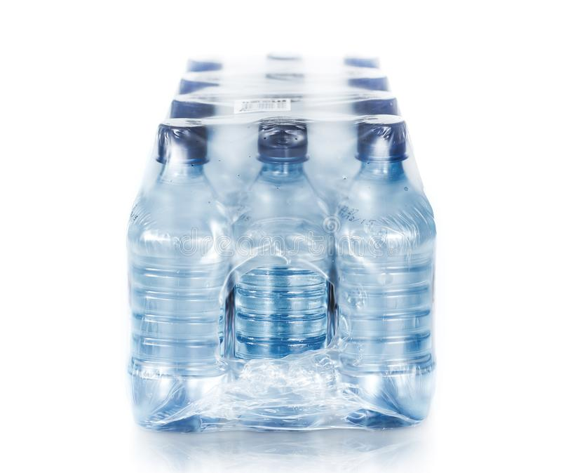 Água engarrafada embalada fotos de stock royalty free