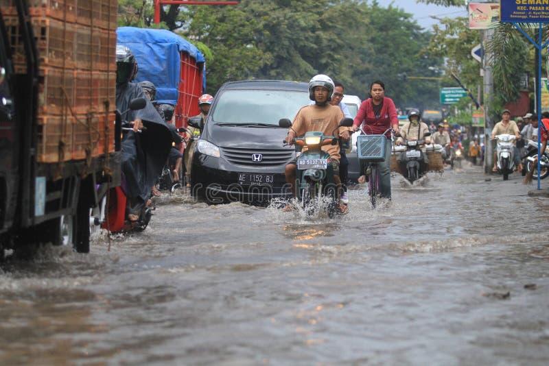 Água estagnante devido à drenagem pobre imagens de stock