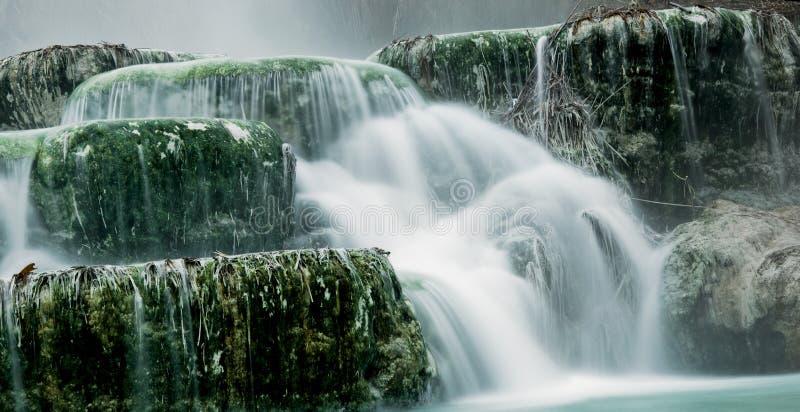 Água térmica para banhar-se. fotos de stock