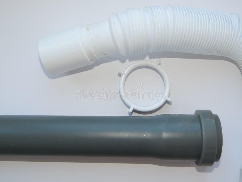Água, tubulações de esgoto e adaptadores de diferente foto de stock
