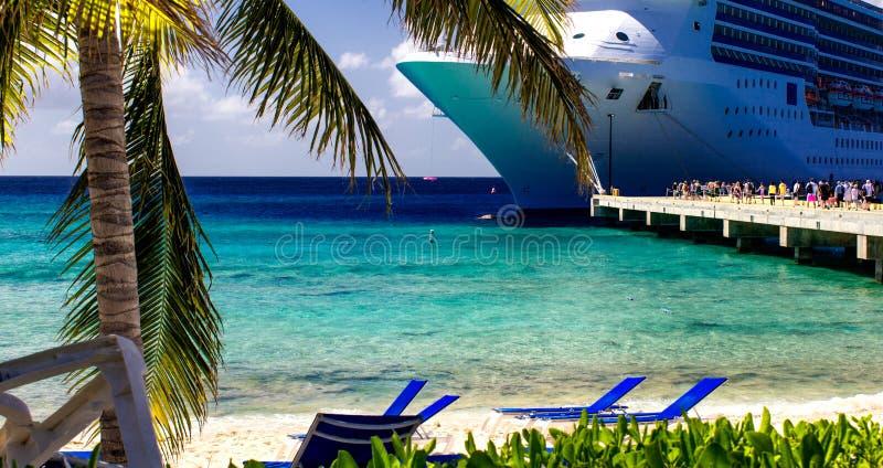 Águas de turquesa de Turk Sea grande fotos de stock royalty free
