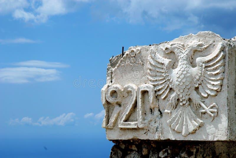 A águia tem duas cabeças fotografia de stock royalty free