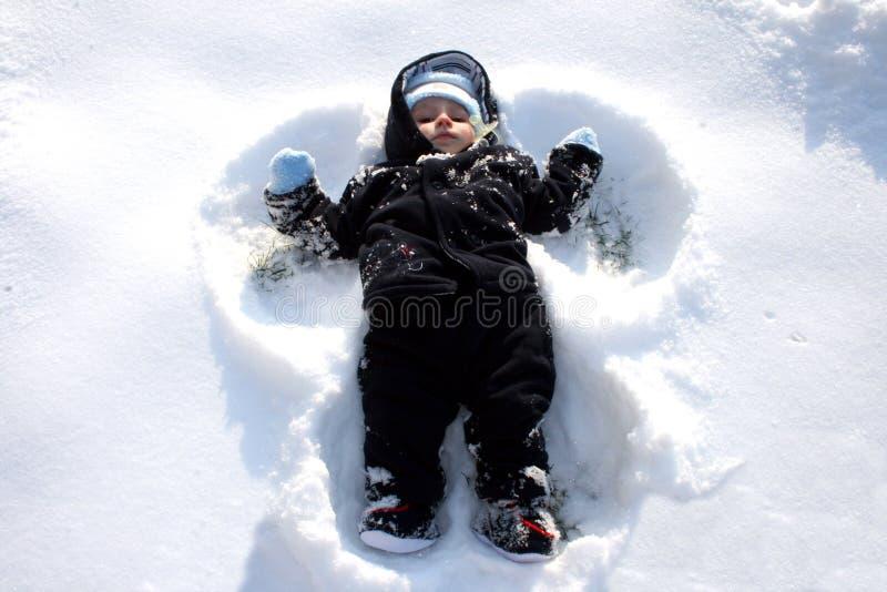 Ángel de la nieve imagenes de archivo