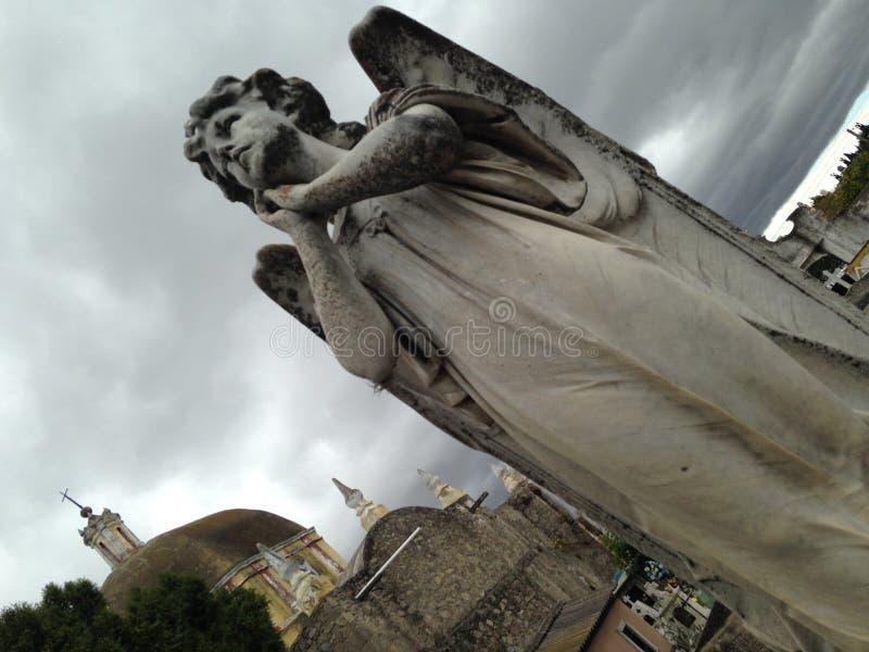 Ángel del cementerio imagen de archivo libre de regalías