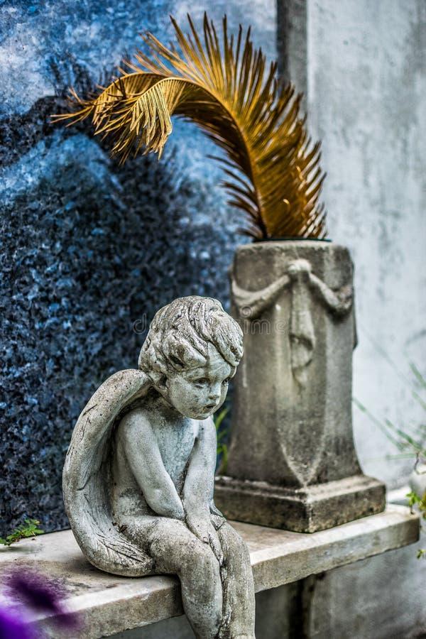 Ángel del cementerio de New Orleans Lafayette fotos de archivo libres de regalías