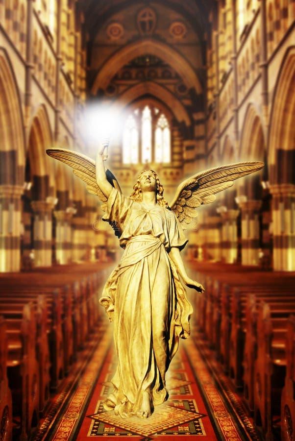 Ángel en catedral foto de archivo