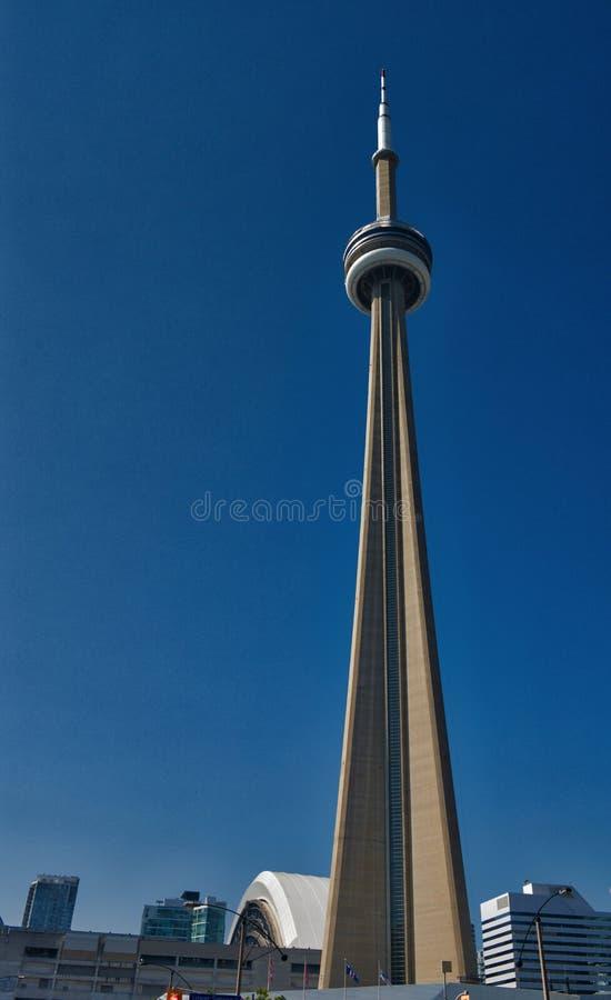 Ángulo bajo de la torre del NC de Toronto foto de archivo