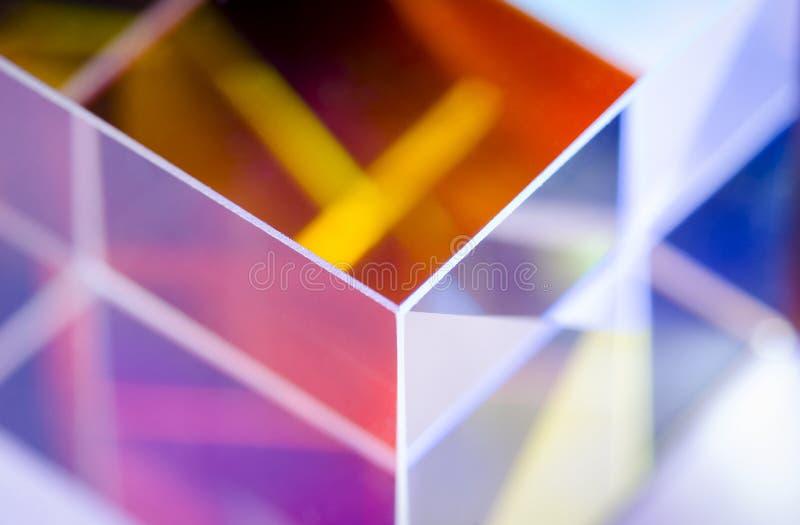 ?ngulo del primer de cristal colorido del extracto del cubo imagen de archivo libre de regalías