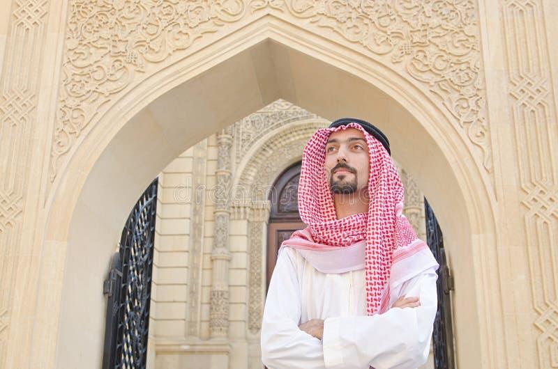 Árabe na rua imagens de stock royalty free