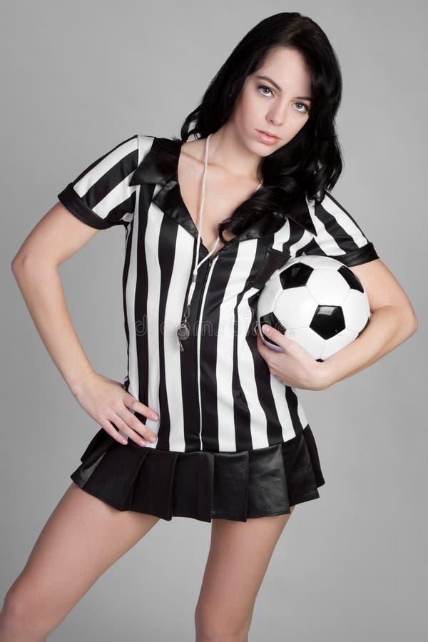 Árbitro da esfera de futebol fotografia de stock royalty free
