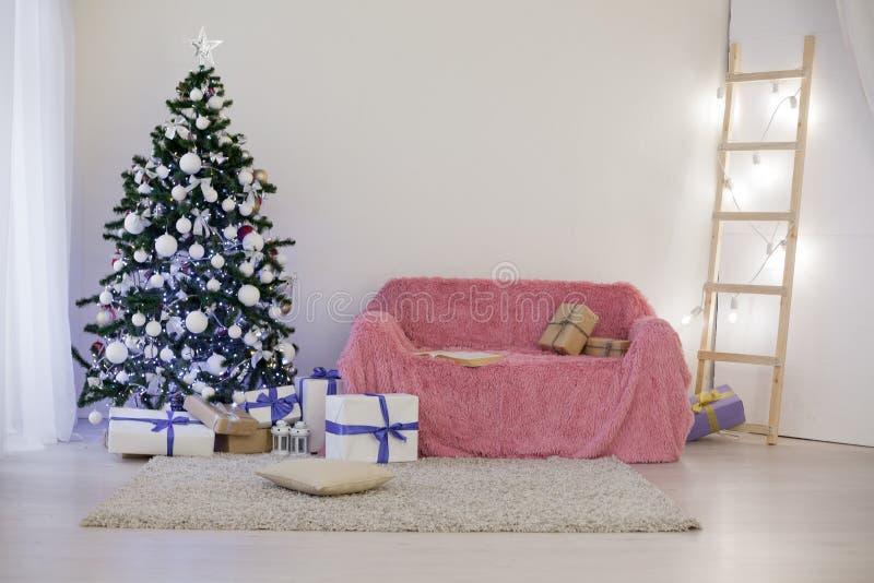 Árbol de navidad casero de la decoración de la Navidad imagenes de archivo