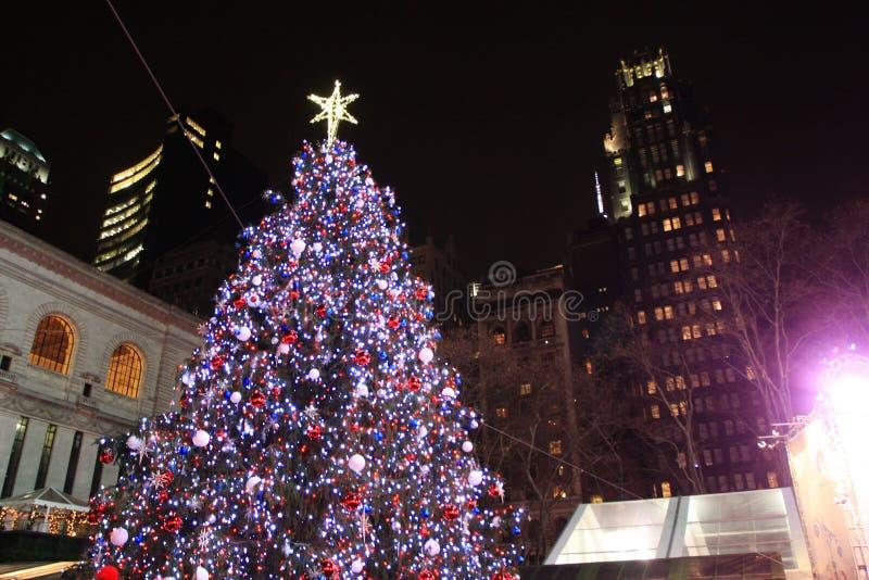 Árbol de navidad en Bryant Park New York foto de archivo libre de regalías
