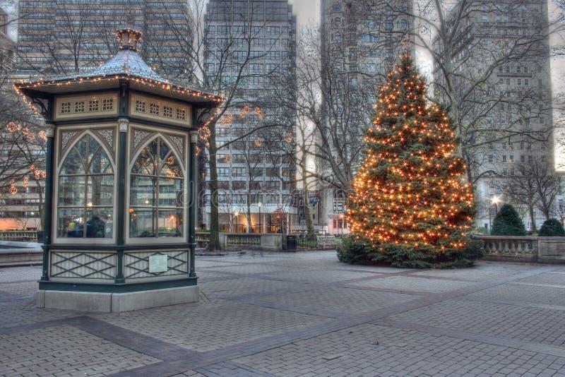 Árbol de navidad en el cuadrado de Rittenhouse en Philadelphia imagen de archivo