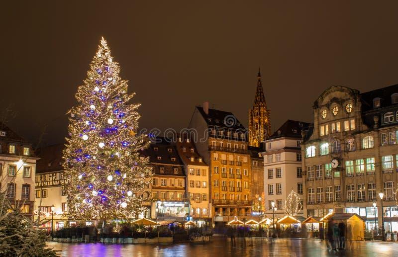 Árbol de navidad en Estrasburgo fotos de archivo libres de regalías