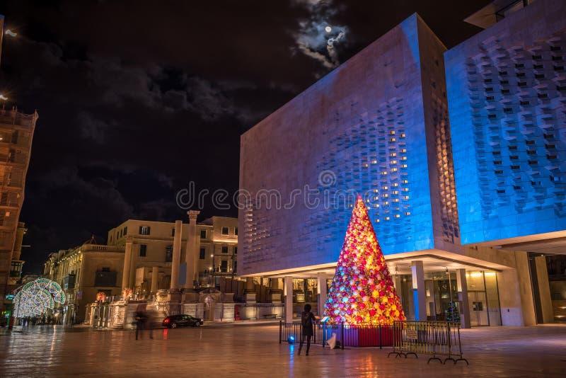 Árbol de navidad en La Valeta fotos de archivo