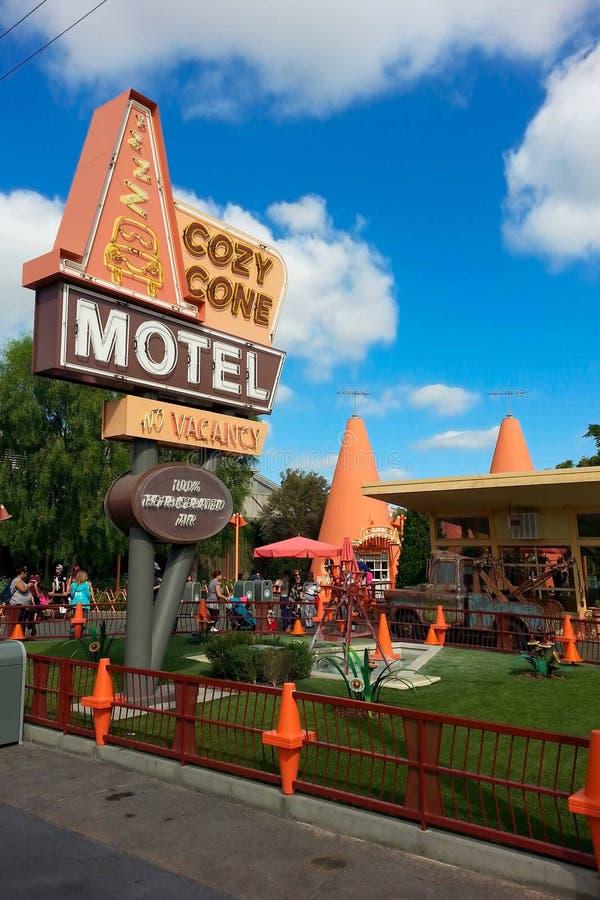 Área acogedora del motel del cono de la aventura de Disney California fotografía de archivo libre de regalías