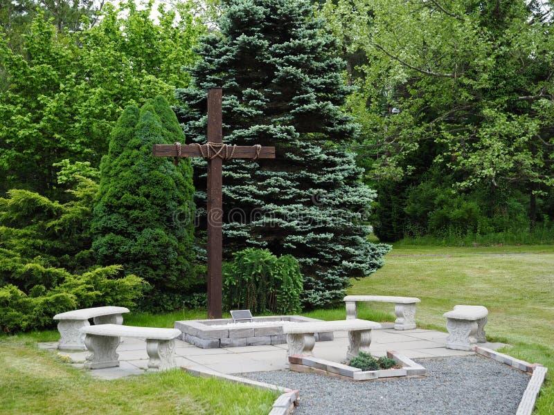 Área al aire libre del rezo y de la meditación fotos de archivo